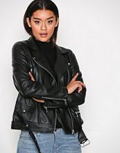Vero Moda Svart Vmjuhuu Short Faux Leather Jacket