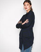 Vero Moda Mørk blå Vmzanzana Lia Ls Shirt