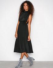 Sisters Point Black Brazil Dress