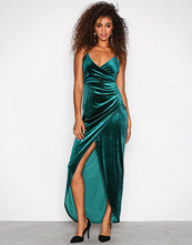 Sisters Point Deep Green Nille Dress