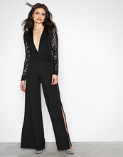 NLY One Svart Lace Sleeve Jumpsuit