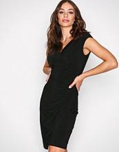Lauren Ralph Lauren Black Adara Cap Sleeve Dress