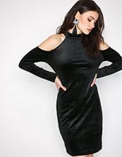 Pieces Svart Pcagnete Glitter T-Neck Dress