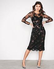 Ida Sjöstedt Black Lace Dress