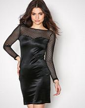 New Look Black Fishnet Velvet Bodycon