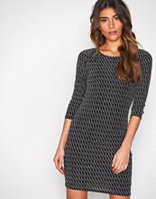 Sisters Point Svart/Sølv Gexo Dress