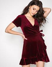 New Look Wine Velvet Frill Wrap Dress