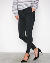 New Look Black Raw Hem Skinny Shape Jeans