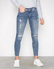 Calvin Klein Denim Mid Rise Skinny Ankle Raw Thermal