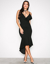 Ax Paris Black Thin Strap Frill Dress