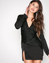 Missguided Black Panelled Shift Dress