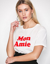 New Look Cream Mon Amie Flock Print T-Shirt