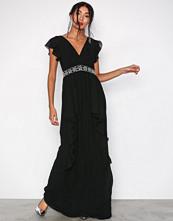 TFNC Svart Rhea Maxi Dress