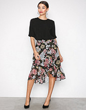 Selected Femme Svart Sfcynthia Mw Frill Skirt Ex