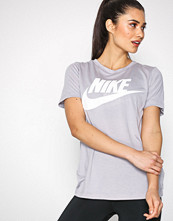 Nike Grå NSW Essentl Tee HBR