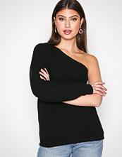 NLY Trend Svart One Shoulder Knit