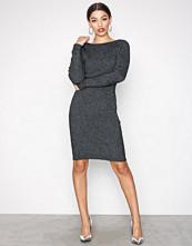 Jacqueline de Yong Svart Jdyaldea L/S Dress Knt