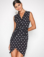 NLY One Dots Wrap Print Dress
