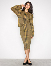 NLY Trend Ruter Pencil Check Skirt