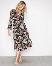 Selected Femme Svart Sfcynthia Ls Wrap Dress Ex