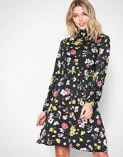 Selected Femme Svart Sfflorisa Ls Dress Ka