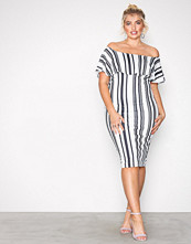NLY One Stripete Frill Print Dress