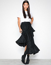 NLY Trend Mønstret Frill Wrap Skirt