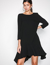 River Island Black 3/4 Sleeve Swing Dress
