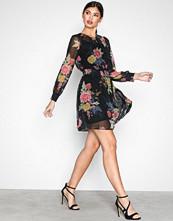 New Look Black Print Oriental Shirr Mini Dress