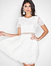 Dry Lake White Junie Dress