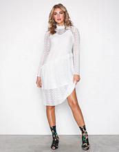 Pieces Hvit Pcfilly Ls Lace Dress Ff