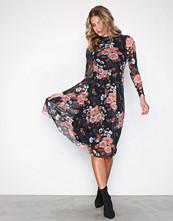 Y.a.s Svart Yasnur Ls Dress