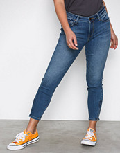 Lee Jeans Denim Scarlett Cropped Ninety N