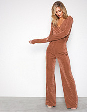 NLY Trend Rust Glamorous Wrap Jumpsuit