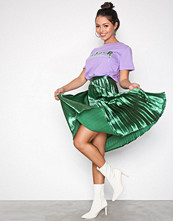 Missguided Green Shine Satin Pleated Midi Skirt