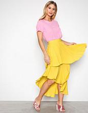 NLY Trend Gul Summer Frill Skirt