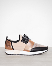 Steve Madden Rose Gold Antics Sneaker
