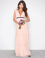 Chi Chi London Adria Maxi Dress Pink