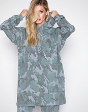 NLY Trend Camouflage Camo Oversized Hoodie
