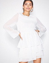 Sisters Point White Nicoline Dress
