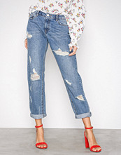 Missguided Blue Ripped Boyfriend Jeans