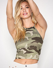 NLY Trend Camouflage Print Neckline Top