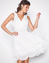 Sisters Point White Germ Dress