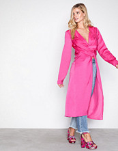 NLY Trend Rosa Front Will Tell Blouse