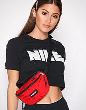 Nike Svart NSW Tee Crop Archive
