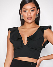 NLY One Svart Crop Frill Top