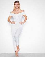 NLY One Hvit Folded Off Shoulder Jumpsuit