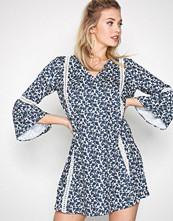 Dry Lake Blomstrete Tamara Dress