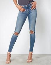 Tiger of Sweden Jeans Medium Blue W64818001 Slight