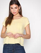 Odd Molly Pineapple Sneak Peak T-Shirt
